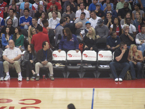 Billy Crystal & The TMZ Guy. Photo: Drfunkenberry.com