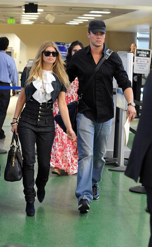Fergie and Josh Duhamel Head To Honeymoon.  Photo: Splashnewsonline.com