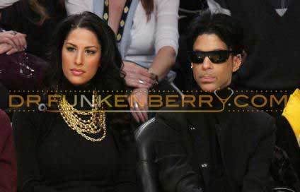 Prince & Bria Valente Attend Laker/Celtic Game 12/25/08 Photo: Gettyimages.com