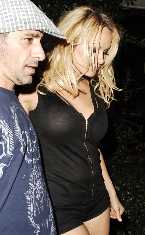Pamela Anderson, You Never Know If Its Cold With Her.  Photo:  PacificCoastNewsOnline.com