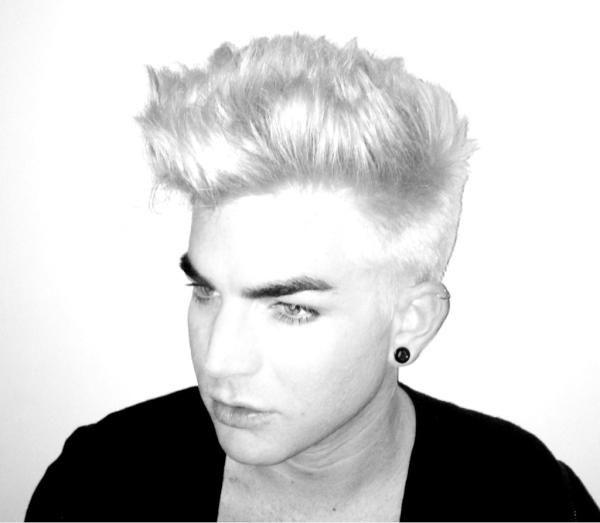 Adam Lambert  Photo:  Twitter.com
