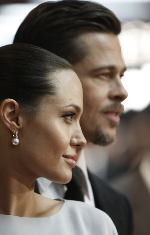 Brad & Angelina Get Profiled.  Photo: Bauergriffen.com
