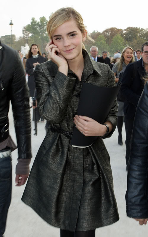 Emma Watson Styling At Fashion Week.  Photo:  Wireimage.com