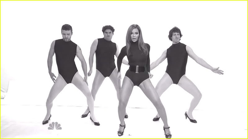 Justin Timberlake, Beyonce, Andy Samberg, & A SNL Castmember.  Photo: NBC.com