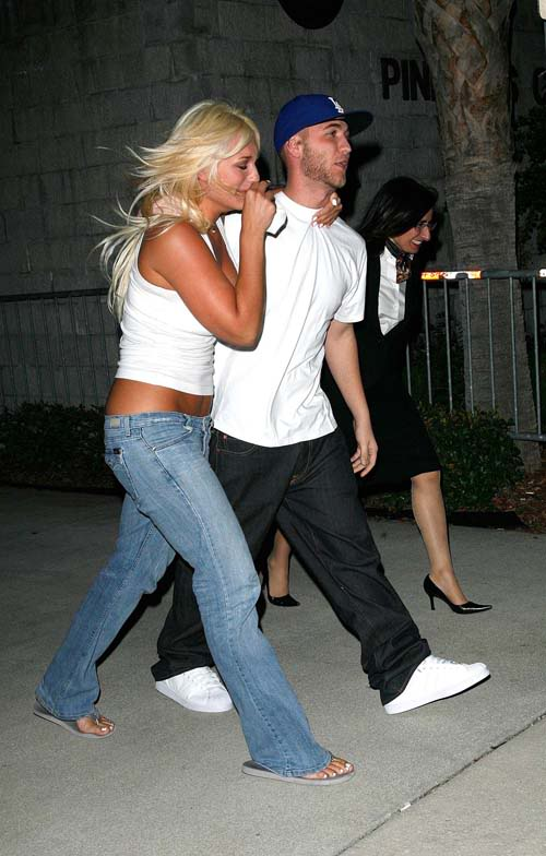 Nick & Brooke Hogan Shortly After His Release.  Photo:  INFdaily.com