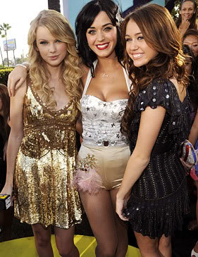 Taylor Swift, Katy Perry, & Myley Cyrus At Last Years MTV Awards.  Photo: Wireimage.com