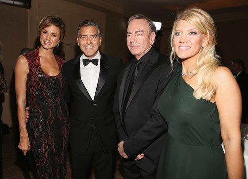 Stacy Kiebler, George Clooney, Neil Diamond & Wife.  Photo:  Gettyimages.com