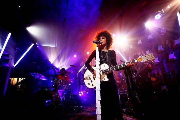 Andy Allo Guitar Sessions Promo Photo