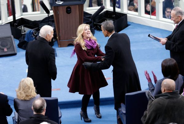Kelly Clarkson & President Obama