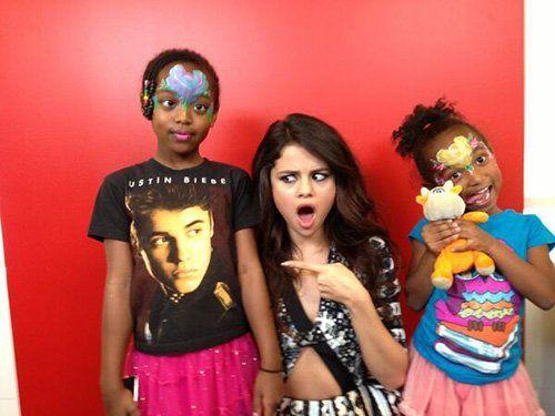 Selena Gomez Photo: Twitter.com