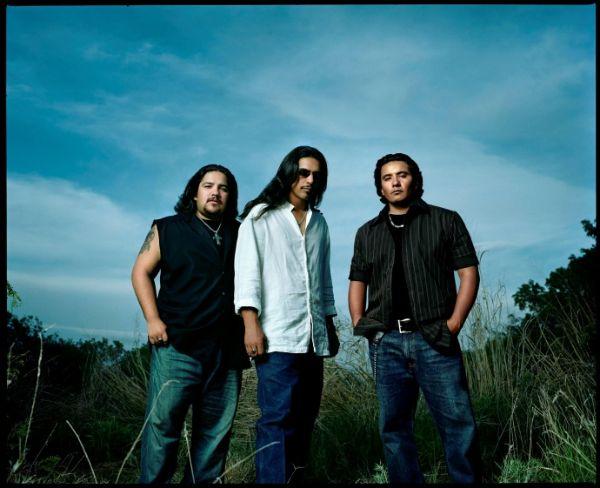 Los Lonely Boys Photo: mauinow.com