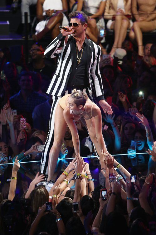 Miley Cyrus & Robin Thicke Photo: GettyImages.com