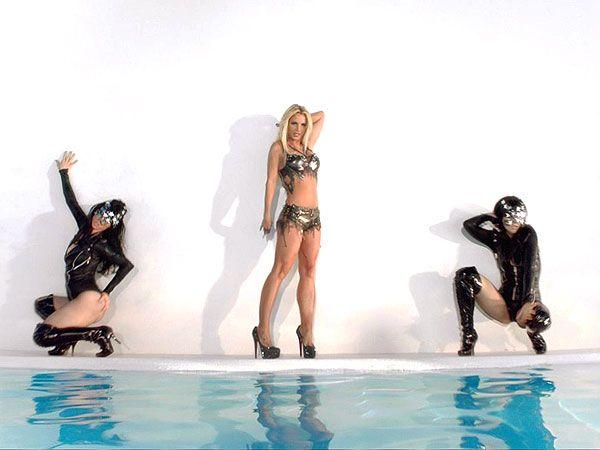 Britney Spears Work Bitch Photo: Instagram