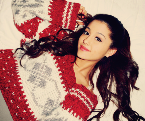 Ariana Grande Promo Photo