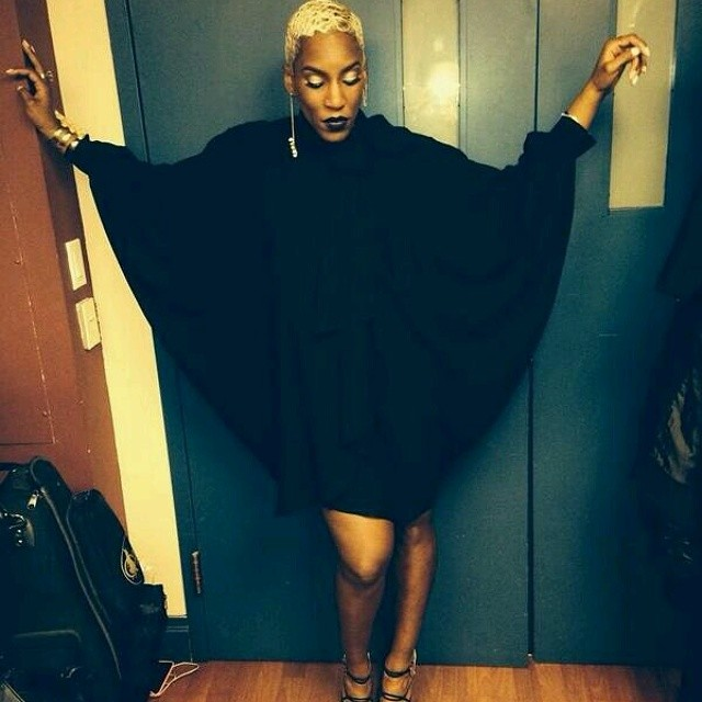 #FlashbackFriday Liv Warfield Backstage Before Cancelling Show business #TheUnexpected